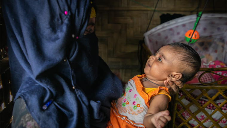 Parvina, 17, is a Rohingya refugee living in Bangladesh. She got married at 15 and is now a mum.