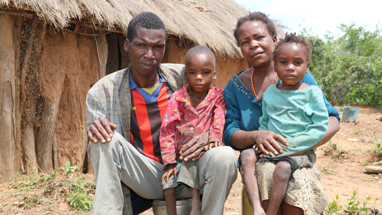 Pedro and Teresa can now recover from malnutrition, with their mum and dad in Angola