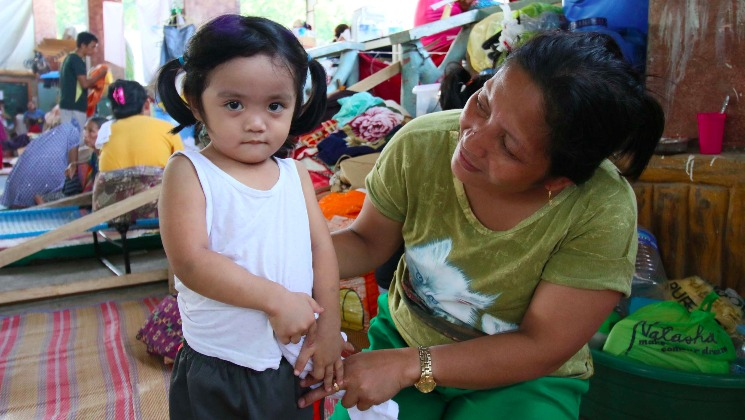 Thousands of Filipino children traumatised by fighting in Marawi