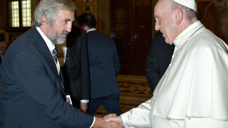 Pope Francis meets World Vision