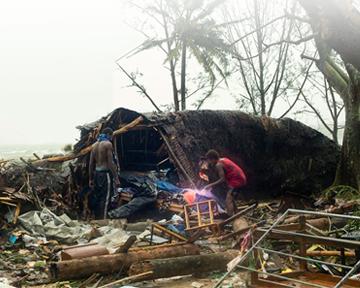 Cyclone_Pam_UP_360x288_v2.jpg