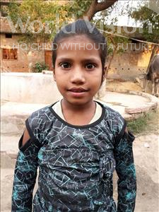 Chandani, aged 9, from India, is hoping for a World Vision sponsor