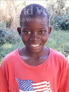 Helio, aged 11, from Mozambique, is hoping for a World Vision sponsor
