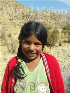 Anabel, aged 9, from Bolivia, is hoping for a World Vision sponsor