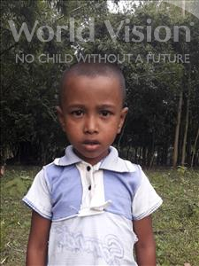 Sihad, aged 7, from Bangladesh, is hoping for a World Vision sponsor