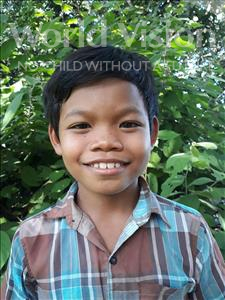Thy, aged 9, from Cambodia, is hoping for a World Vision sponsor