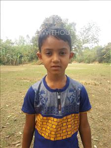 Sohag, aged 7, from Bangladesh, is hoping for a World Vision sponsor